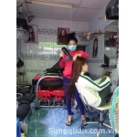 Sang tiệm Tóc - Nail ngay góc ngã tư chợ Hoa Hồ Thị Kỷ - Lê Hồng Phong
