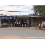 Sang Quán Trà Sữa July đối diện trường cấp 3 Nguyễn Hữu Tiến