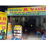 Cần sang tiệm sửa xe mặt tiền 989 Tân Kỳ Tân Quý , Bình Tân