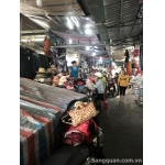 Sang sạp trong chợ Tân Trụ, Q. Tân Bình