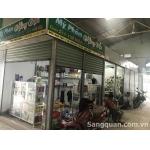 Sang tiệm mỹ phẩm chợ Bình Chánh