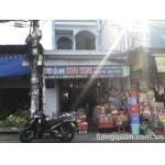 Sang cửa hàng đồ nhựa gia dụng 92 ĐHT02, Đông Hưng Thuận, quận 12